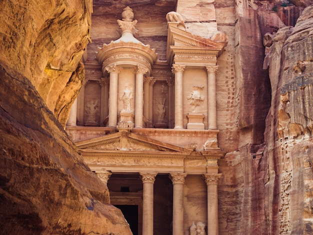 Pontos turísticos da antiga cidade de petra