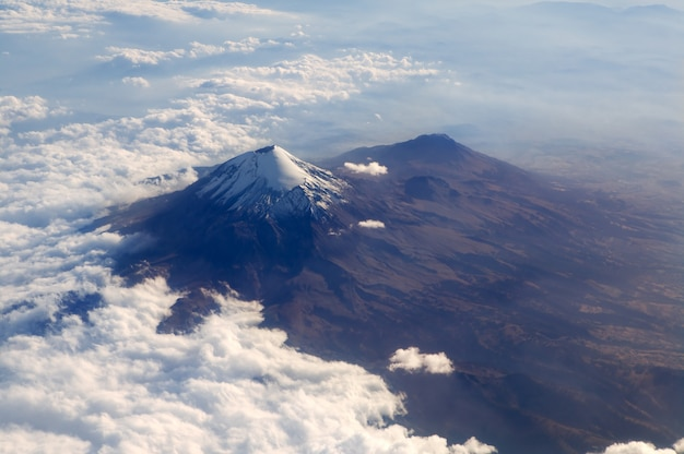 Popocatepetl volcano mexico df vista aérea da cidade