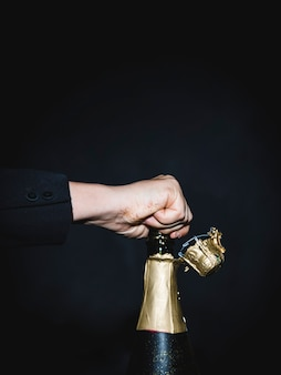 Popping garrafa de champanhe