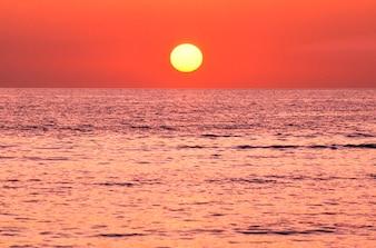 Pôr do sol do oceano