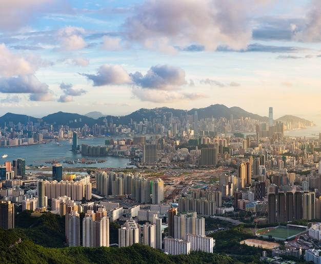 Pôr do sol do ponto de vista de kowloon