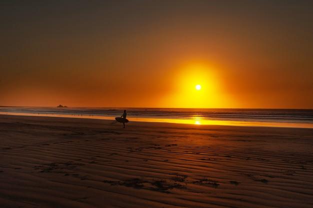 Pôr do sol na praia legzira