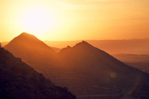 Pôr do sol nas montanhas de mojacar