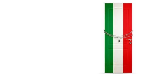 Porta colorida na bandeira nacional da itália, travando com corrente. bloqueio de países durante o coronavírus, disseminação de covid. conceito de medicina e saúde. epidemia mundial, quarentena. copyspace.