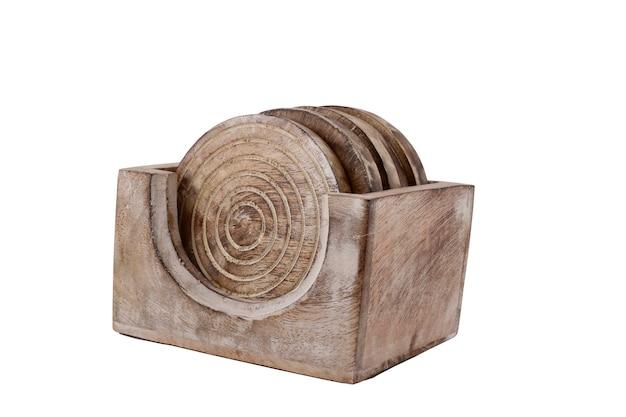 Porta-copos de madeira isolados