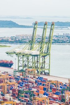 Porta de logística de contêineres comércio marítimo