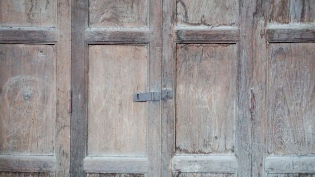 Porta de madeira velha, vintage e suja