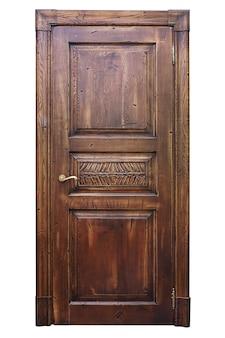 Porta de madeira vintage isolada na superfície branca