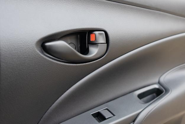 Porta do carro e carro de janela de botão elétrico