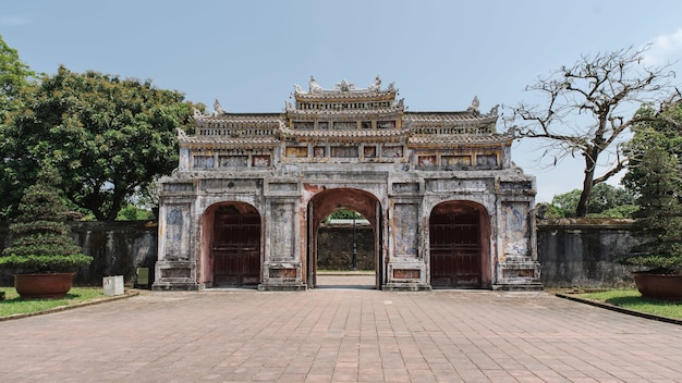 Portão cua tho chi, cidade imperial, hue, vietnã