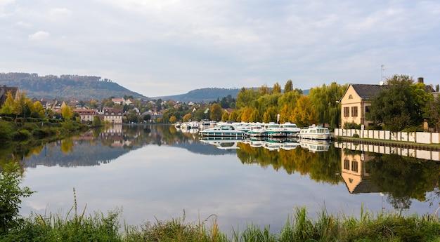 Porto fluvial em saverne