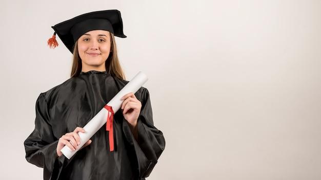 Pós-graduação sendo orgulhoso com espaço de cópia