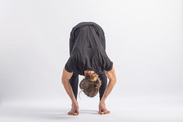 Pose do dedão do pé, postura de ioga asana