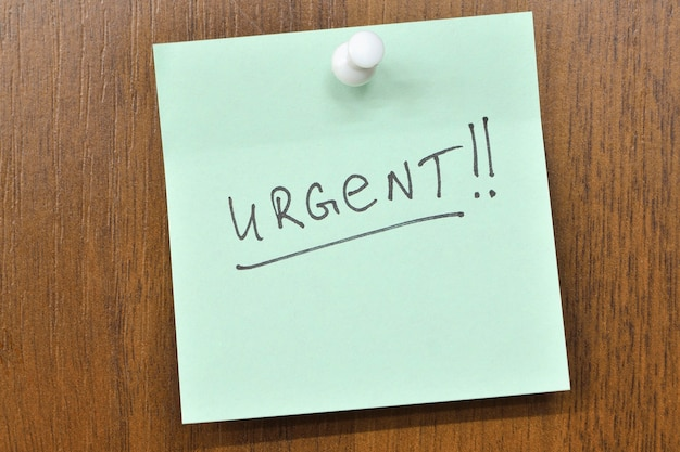 Postar nota com urgência! palavra