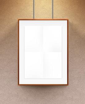 Poster em moldura de madeira.