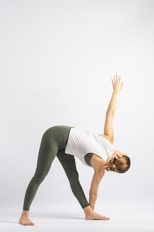 Postura do triângulo 2 postura de yoga asana