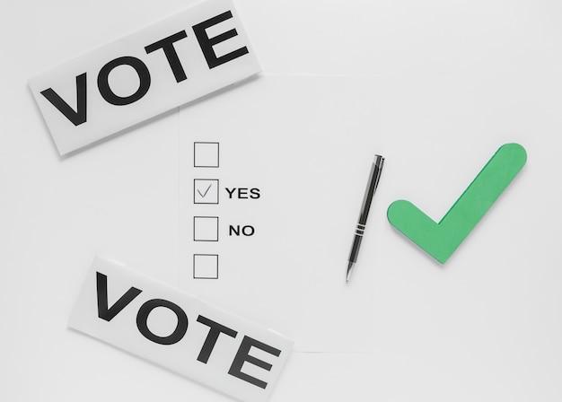 Postura plana de eleição com o conceito de boletim de voto
