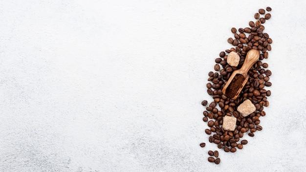 Postura plana do conceito de café com espaço de cópia