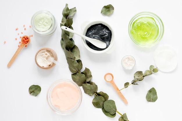 Postura plana do conceito de cosméticos naturais
