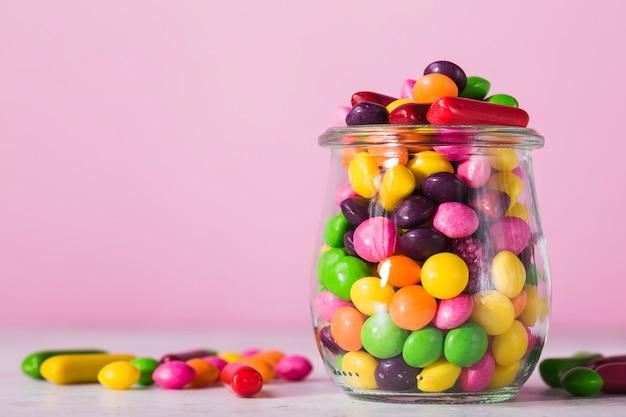 Pote de close-up com doces