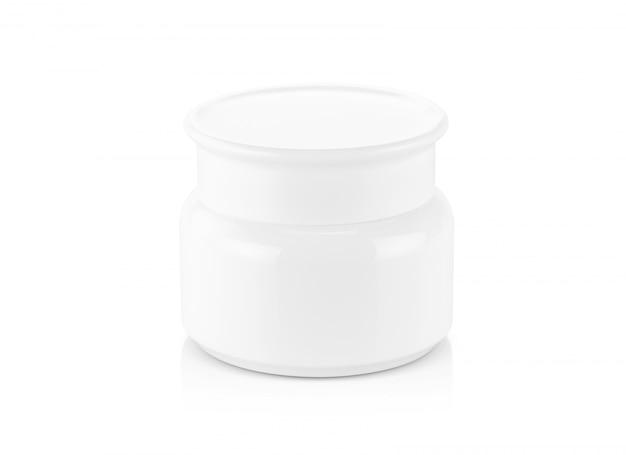 Pote de creme de plástico branco isolado
