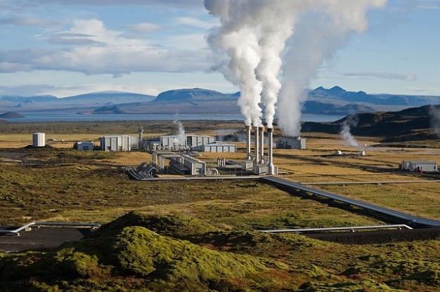 Potência de energia usina geotérmica