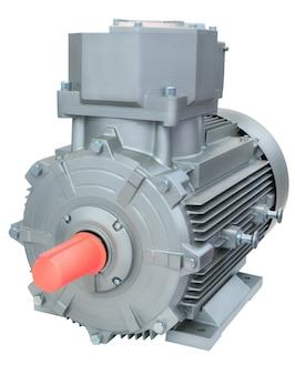 Potente motor elétrico, isolado em um fundo branco.