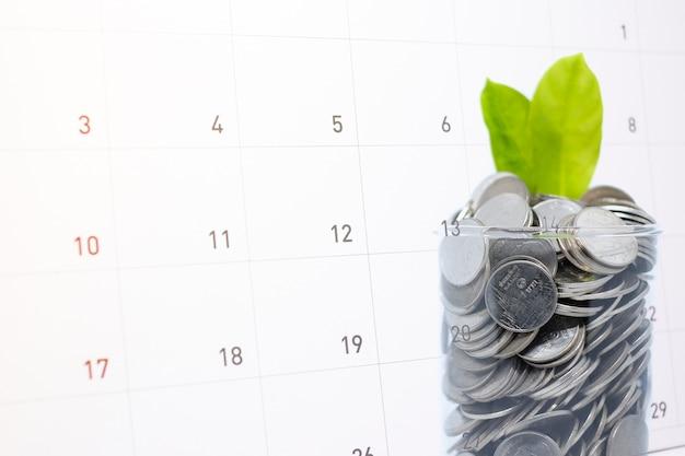 Poupar dinheiro (frugal) em vidro para o seu investimento