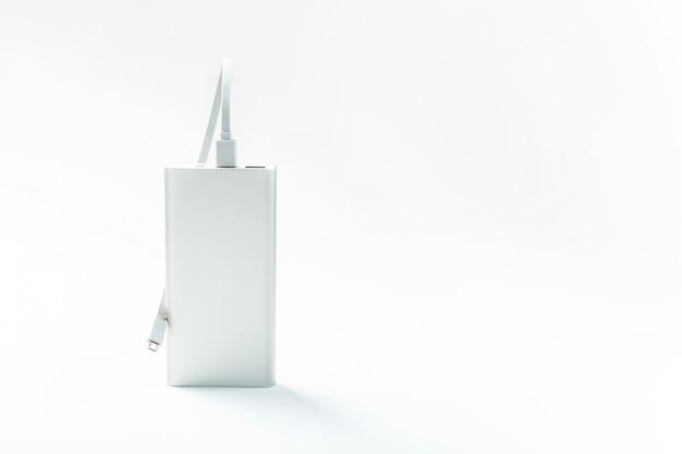 Powerbank para carregar dispositivos móveis com cabo,