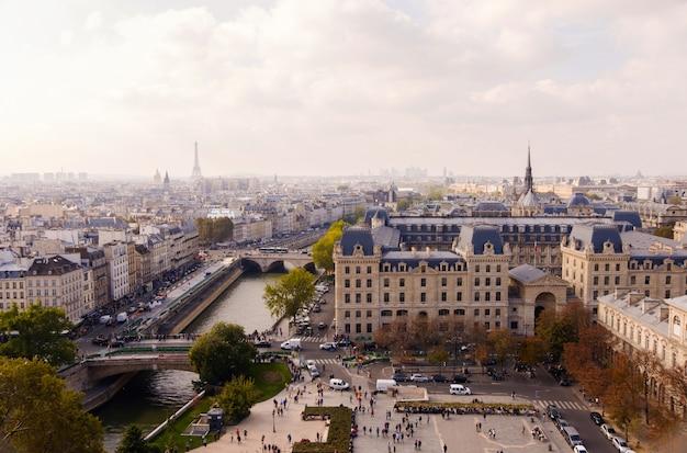 Praça de notre dame em paris