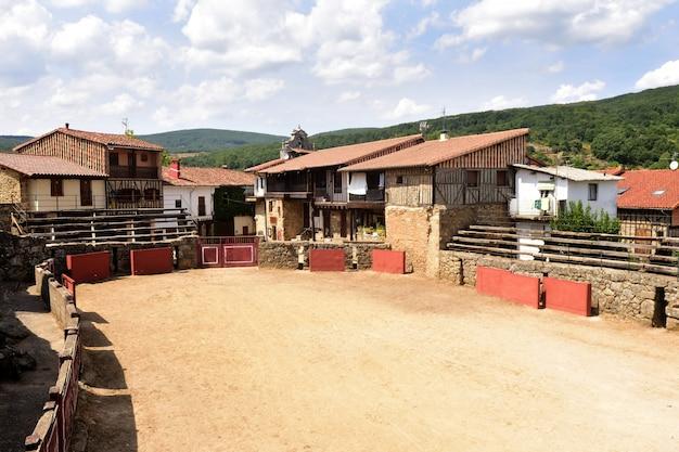 Praça de touros antiga de san martin del castañar, província de salamanca, castela e leão, espanha