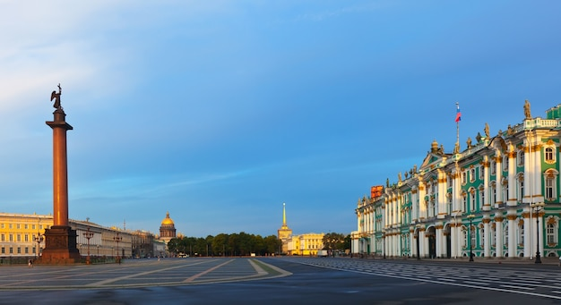 Praça do palácio em são petersburgo