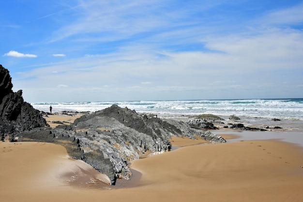 Praia da cordoama, vila do bispo, algarve, portugal