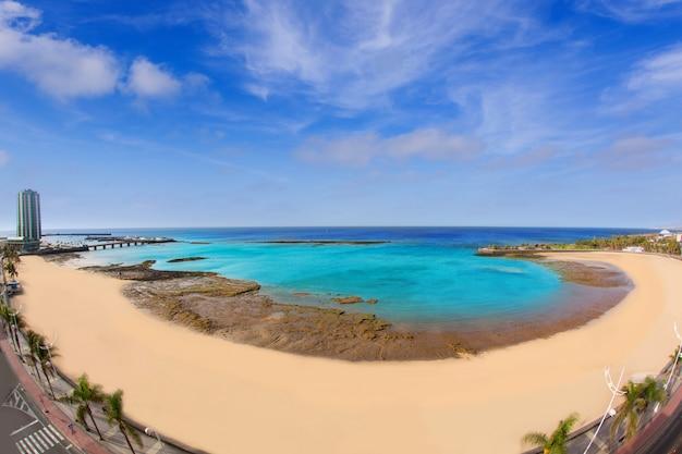 Praia de arrecife lanzarote playa del reducto