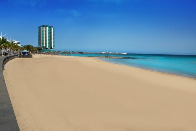 Praia de arrecife, playa del reducto, em lanzarote