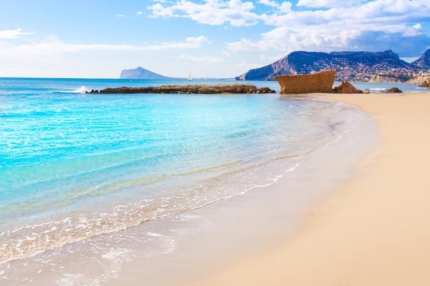Praia de calpe playa cantal roig perto de penon ifach alicante