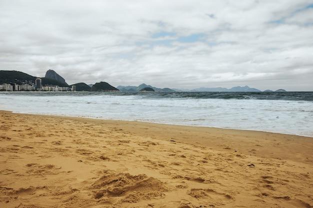 Praia de copacabana no rio de janeiro, brasil
