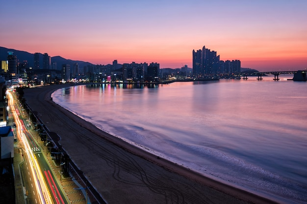 Praia de gwangalli em busan, coréia do sul