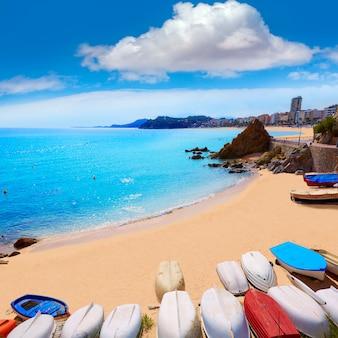 Praia de lloret de mar sa caleta na costa brava