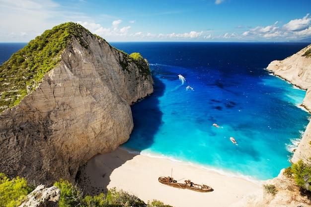 Praia de navagio mais incrível ou praia de shipwreck. zakynthos, grécia.