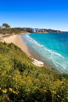 Praia de platja llarga salou em tarragona