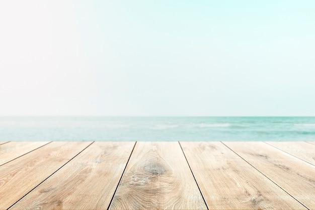 Praia de verão fotografada de vista do solo