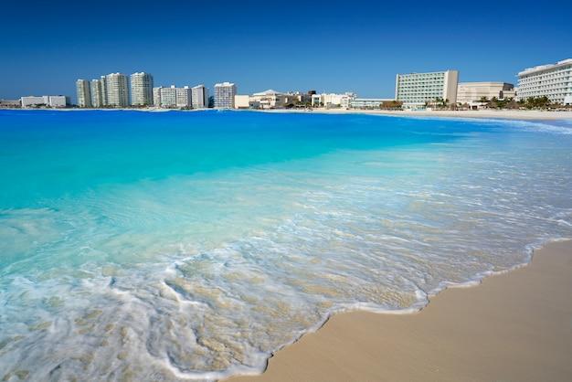 Praia do fórum de cancun playa gaviota azul