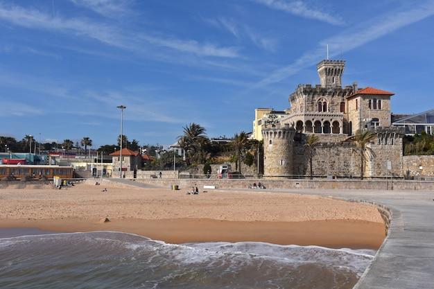 Praia e castelo do estoril, portugal