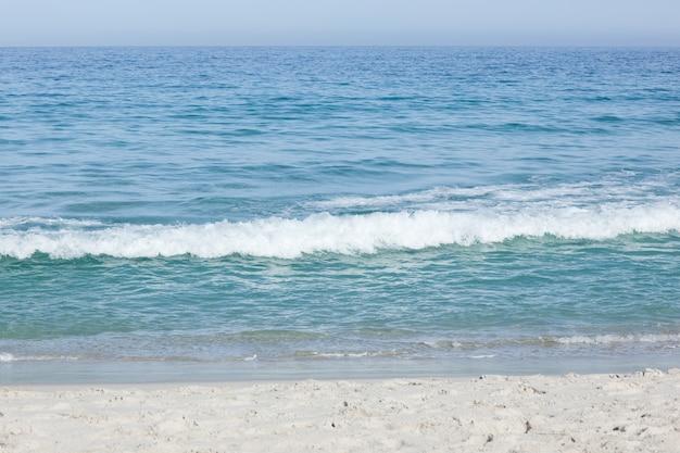 Praia e ondas