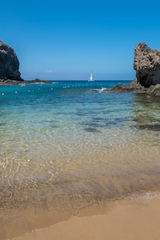 Praia papagayo em lanzarote, ilhas canárias