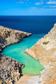 Praia seitan limania em creta, grécia
