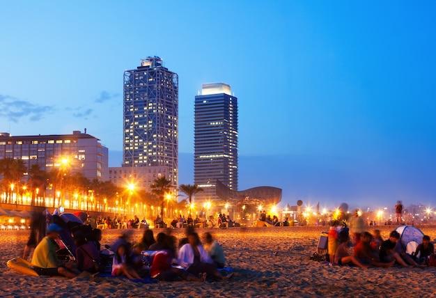 Praia somorrostro em barcelona, espanha