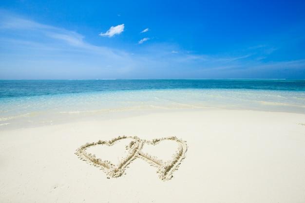 Praia tropical nas maldivas