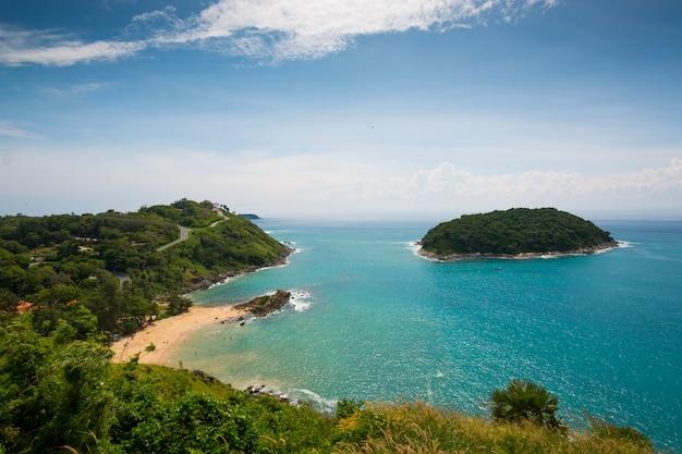 Praia yanui e capa promthep em phuket